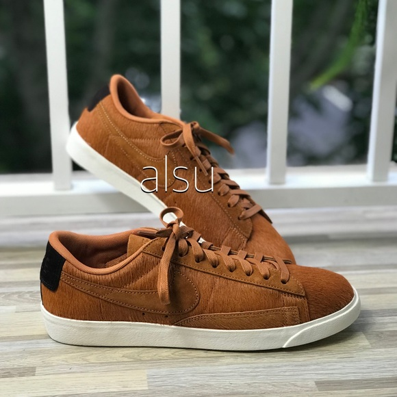 on feet shots of factory outlets meet NWT Nike Blazer Low LX Cider WMNS